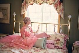 mulher_cama